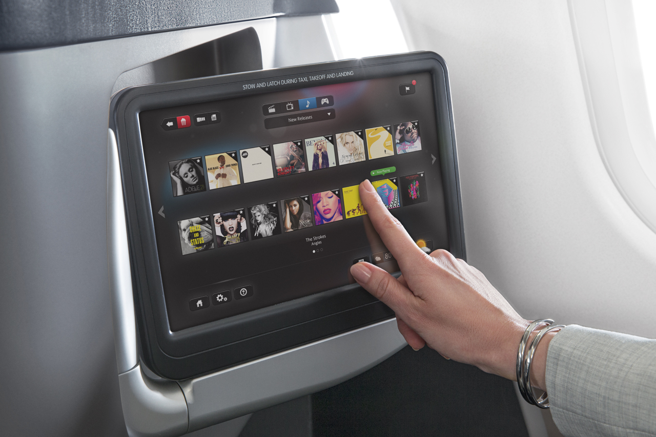 Inflight Entertainment in de Business Class cabine van American Airlines (Bron: American Airlines)