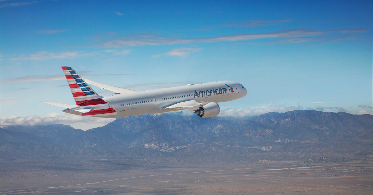 American Airlines Adjusts Food and Lounge Service in Response to COVID-19