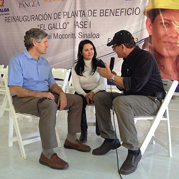 Rob and Euridice giving an interview to a Mexican mining magazine