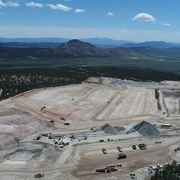 McEwen Mining Inc. - Media - Galleries - Gold Bar