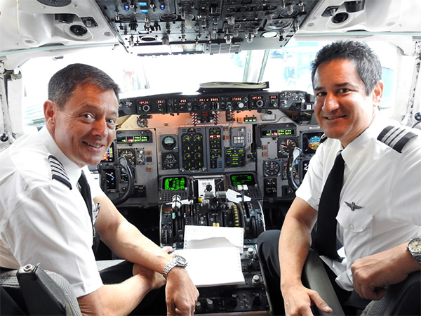 Dallas/Fort Worth-based Captain Jim Palmersheim, senior manager, Military and Veterans Initiatives and Dallas/Fort Worth-based First Officer Julio Gomez flew the first charter flight from Los Angeles, landing at George Bush Intercontinental Airport.